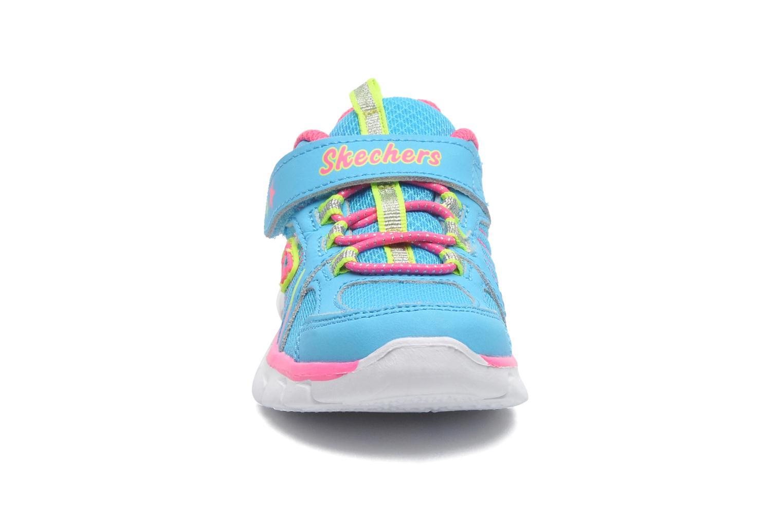 Sneaker Skechers Synergy Lovespun blau schuhe getragen