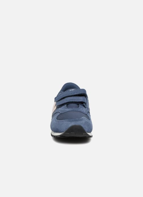 Baskets New Balance KE420 J Bleu vue portées chaussures