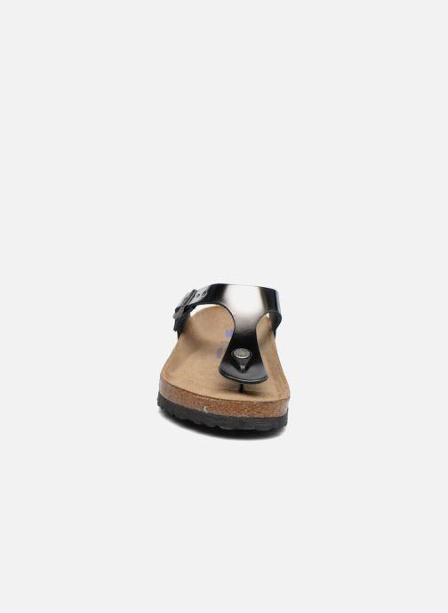Mules et sabots Birkenstock Gizeh Cuir W Gris vue portées chaussures