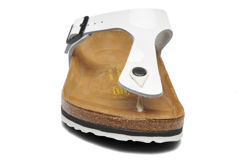 Mules et sabots Birkenstock Gizeh Cuir W Blanc vue portées chaussures