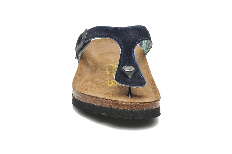 Tongs Birkenstock Gizeh Textile Pony W Bleu vue portées chaussures