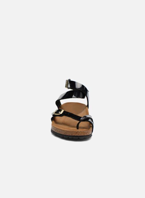 Sandalen Birkenstock Yara Flor W schwarz schuhe getragen