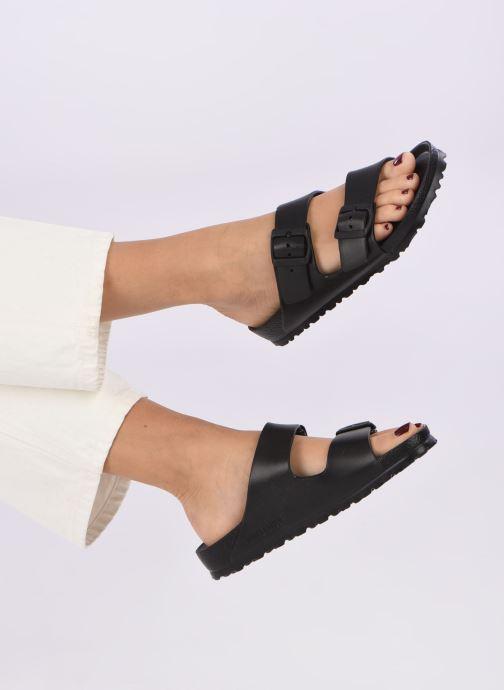 Clogs & Pantoletten Birkenstock Arizona EVA Women II schwarz ansicht von unten / tasche getragen