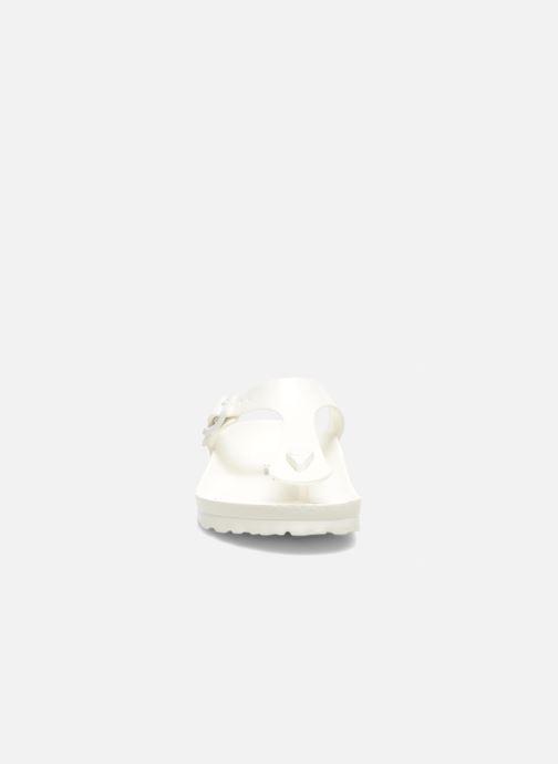 Sandalen Birkenstock Gizeh EVA W weiß schuhe getragen