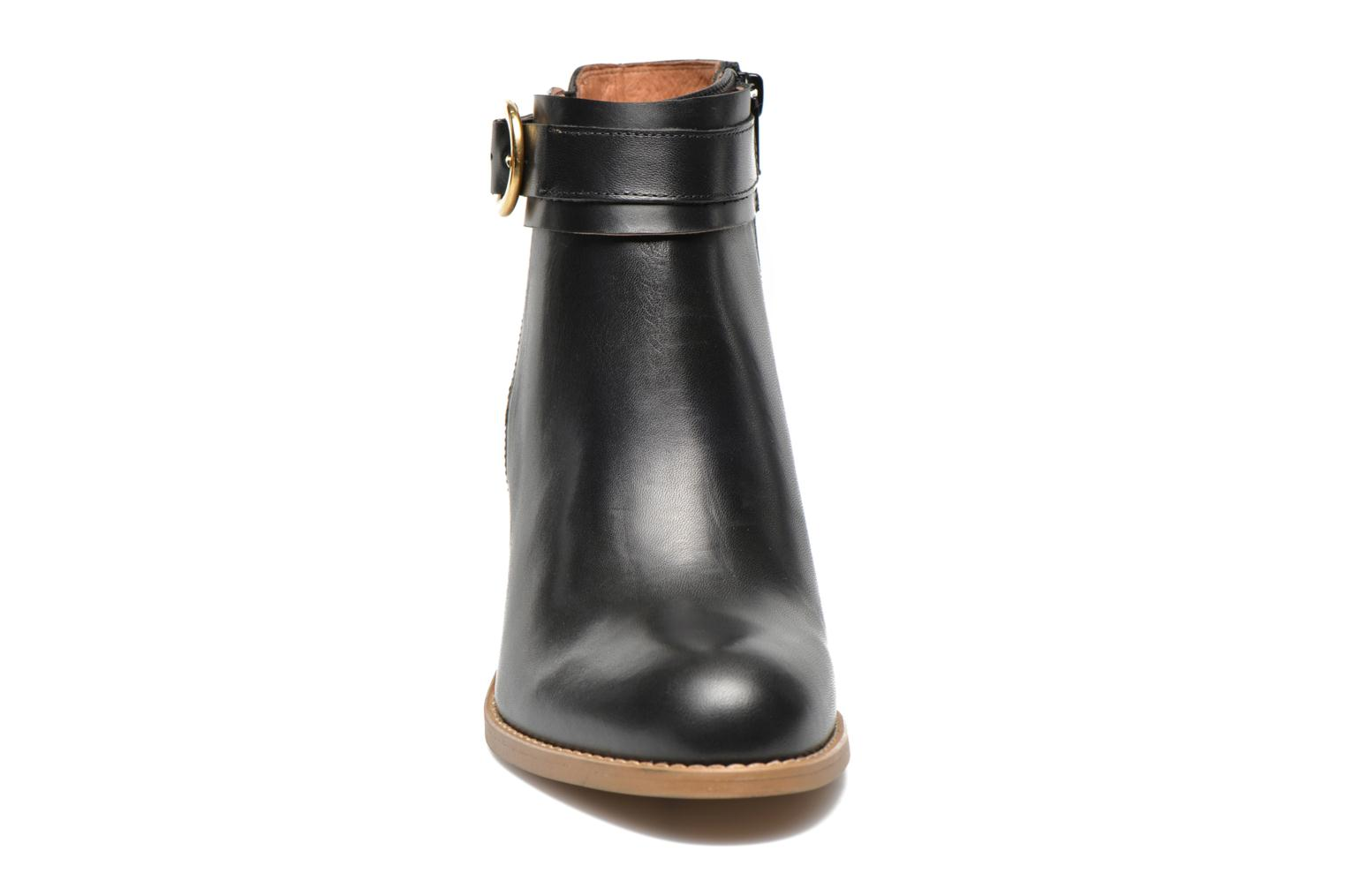 Ankle boots Georgia Rose Eperdrix Black model view