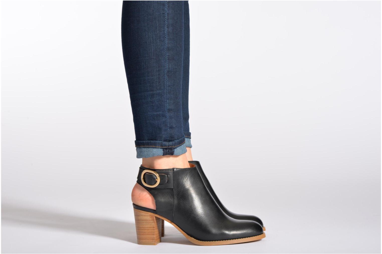 Bottines et boots Georgia Rose Efaisan Beige vue bas / vue portée sac
