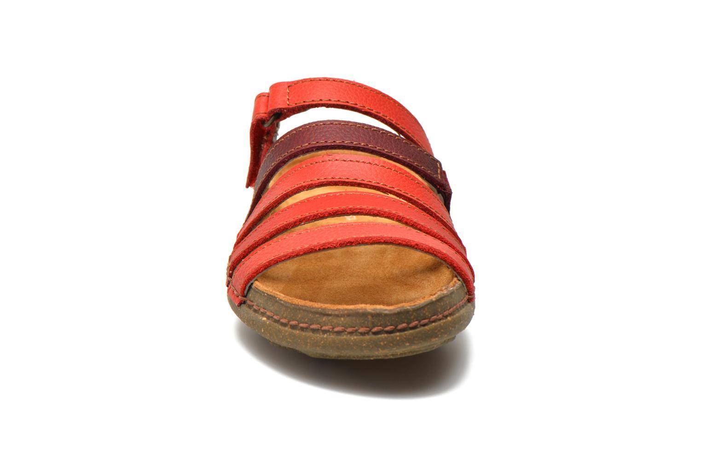 Mules et sabots El Naturalista Torcal N327 Rouge vue portées chaussures