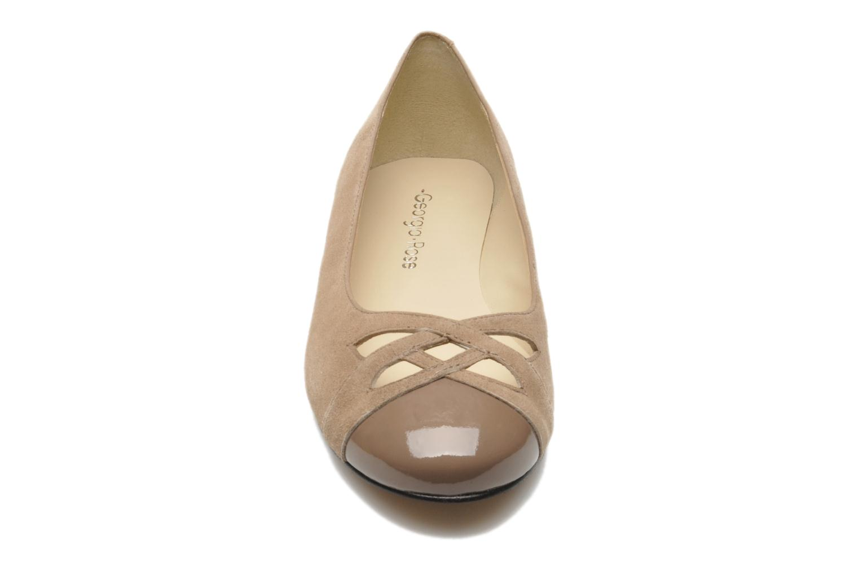 Ballerines Georgia Rose Savat Beige vue portées chaussures