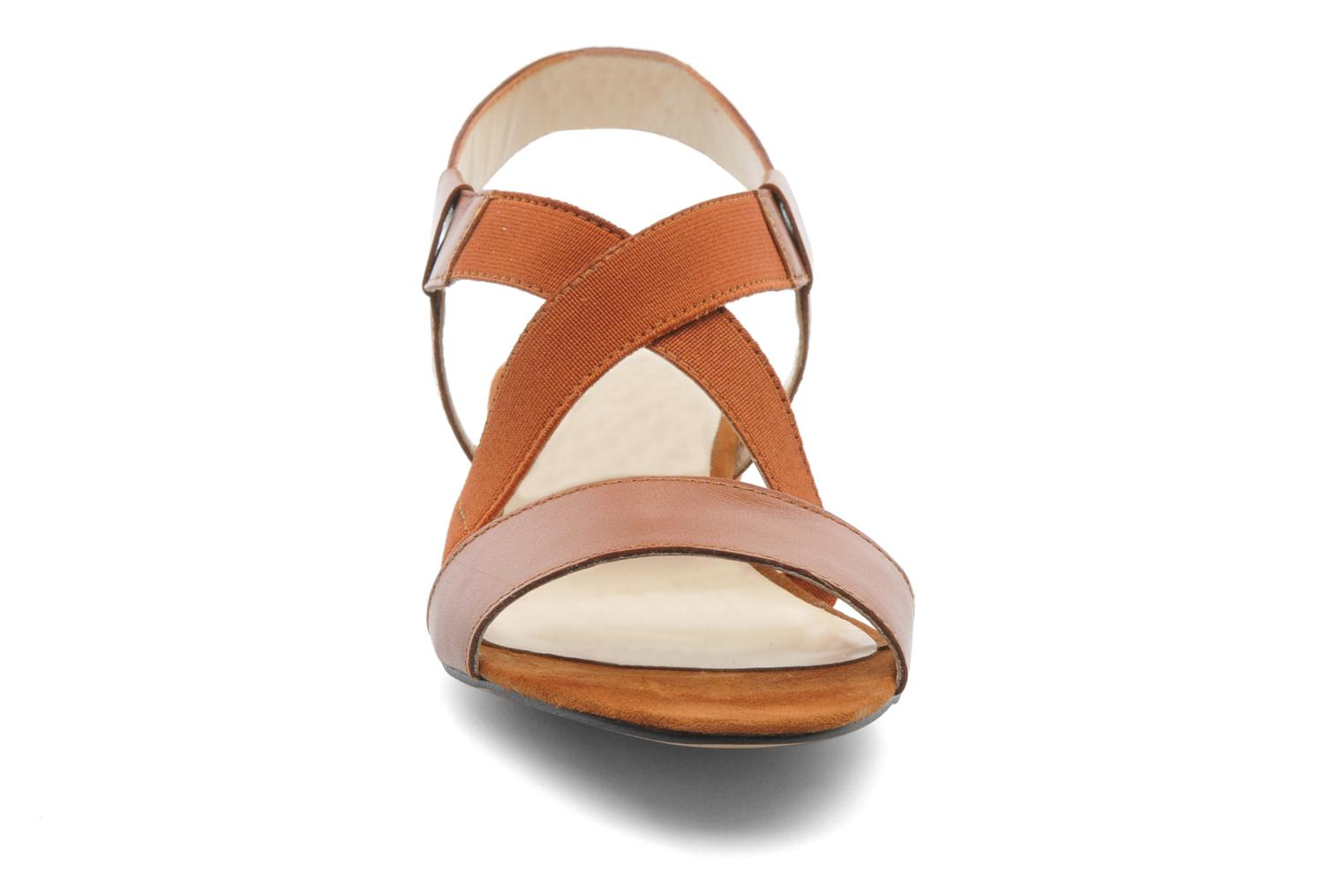 Sandals Georgia Rose Sahun Brown model view