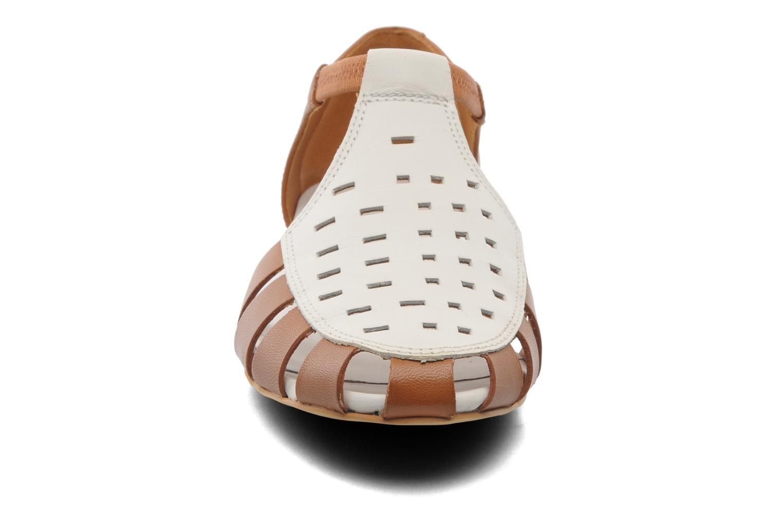 Sandales et nu-pieds Camper TWS 22603 Marron vue portées chaussures