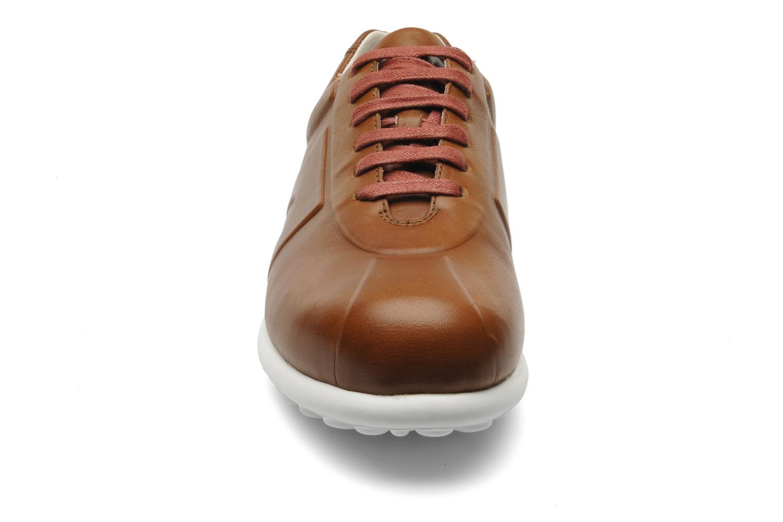 Baskets Camper Pelotas XL 18978 Marron vue portées chaussures