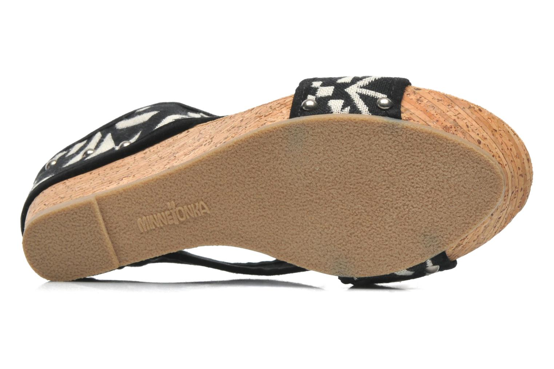 Sandales et nu-pieds Minnetonka Lainey Noir vue haut