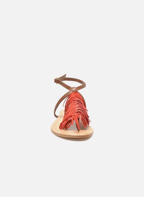 Sandalias Tormaline Playa Rojo vista del modelo