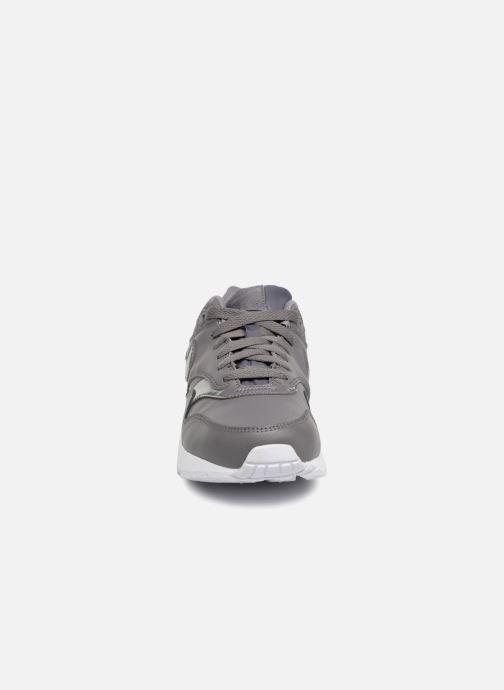 Sneakers Nike AIR MAX 1 (GS) Grigio modello indossato