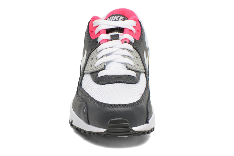 Baskets Nike NIKE AIR MAX 90 MESH (GS) Blanc vue portées chaussures
