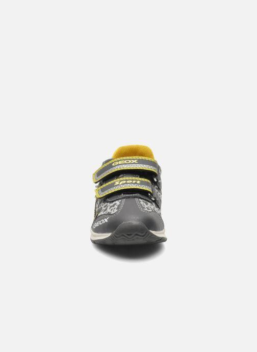 Sneaker Geox B TEPPEI B. C - MESH+DBK grau schuhe getragen