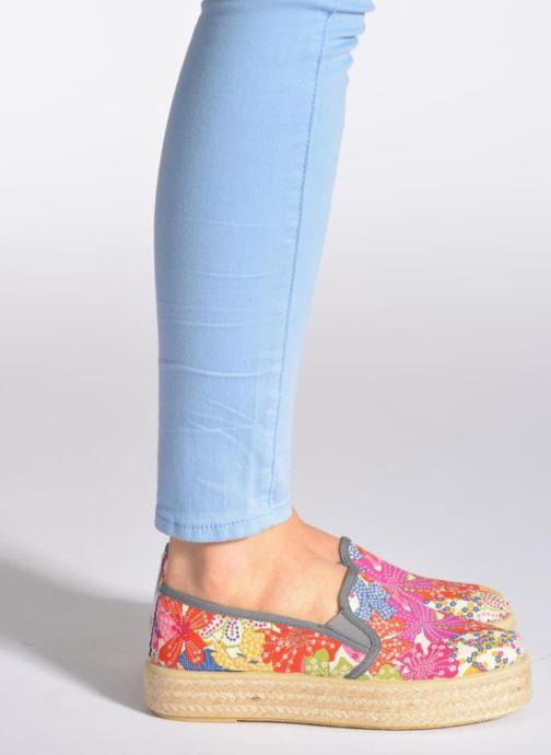 Espadrilles Sixty Seven Leah mehrfarbig ansicht von unten / tasche getragen