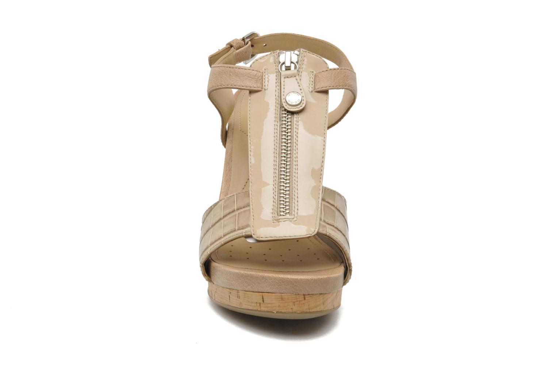 Sandals Geox D VICTORY F-D52P5F Beige model view