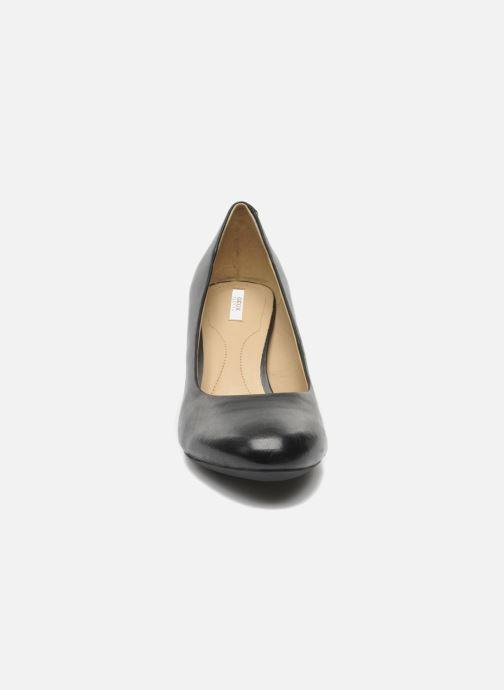 Zapatos de tacón Geox D MARIELE MID B D32T7B Negro vista del modelo