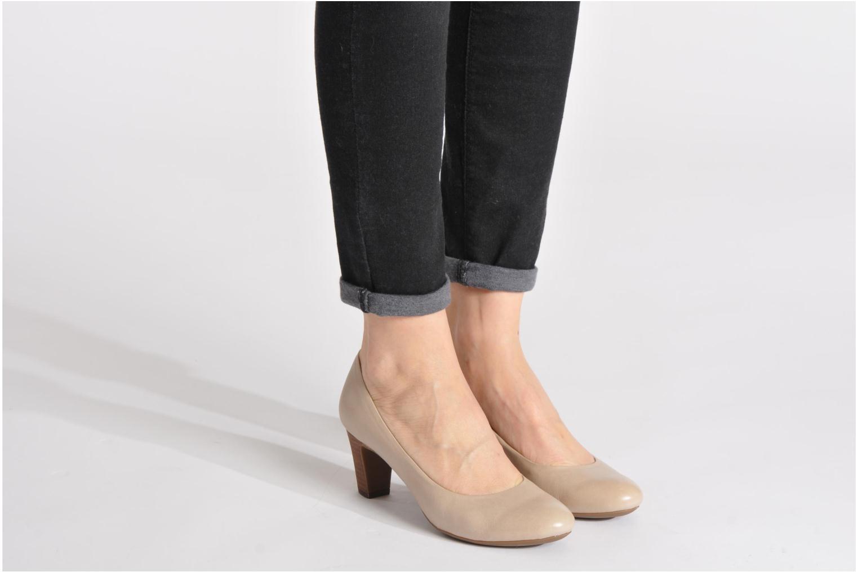 High heels Geox D MARIELE MID B D32T7B Black view from underneath / model view