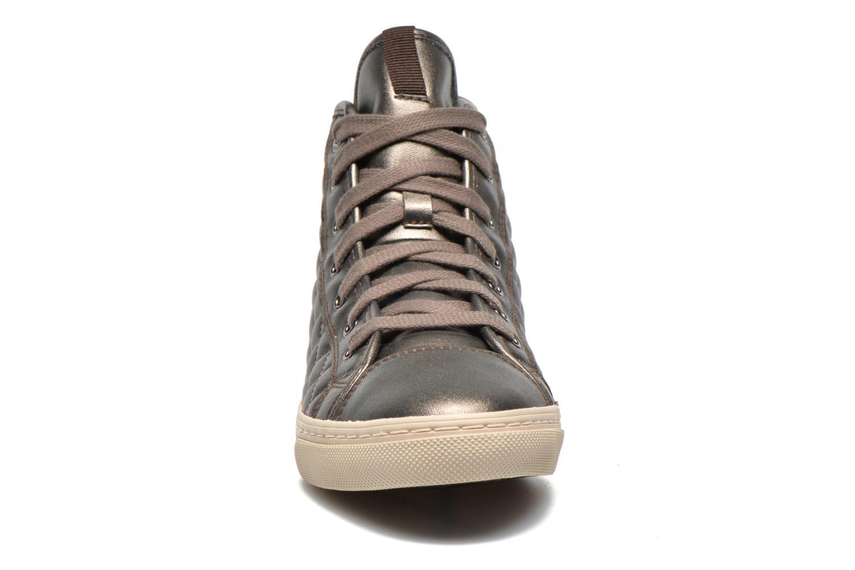 Baskets Geox D NEW CLUB A D4258A Or et bronze vue portées chaussures