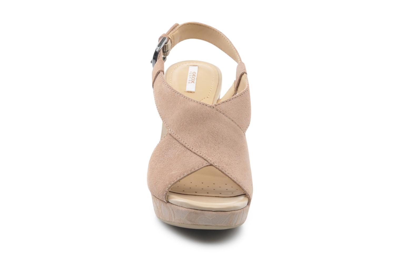 Sandali e scarpe aperte Geox D NURIT A D5271A Beige modello indossato