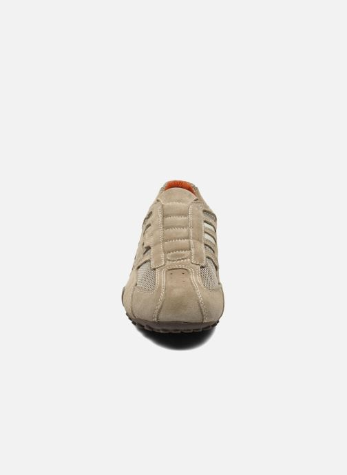 Baskets Geox U SNAKE L U4207L Beige vue portées chaussures