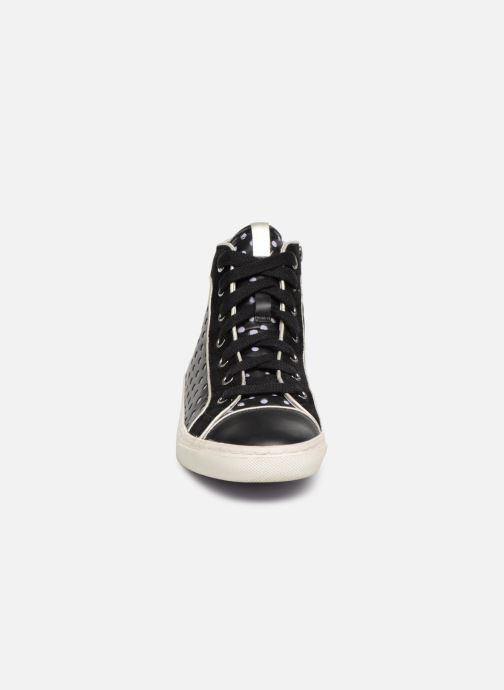 Sneaker Geox D NEW CLUB B D5258B schwarz schuhe getragen