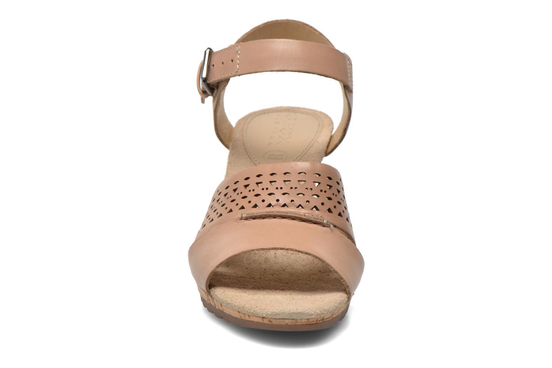 Sandali e scarpe aperte Geox D ALIAS A D52C3A Marrone modello indossato