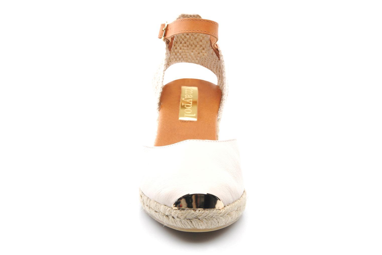 Sandaler Maypol Luz Beige se skoene på