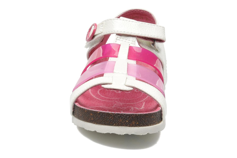 Sandales et nu-pieds Kickers MAGIPLAY Blanc vue portées chaussures