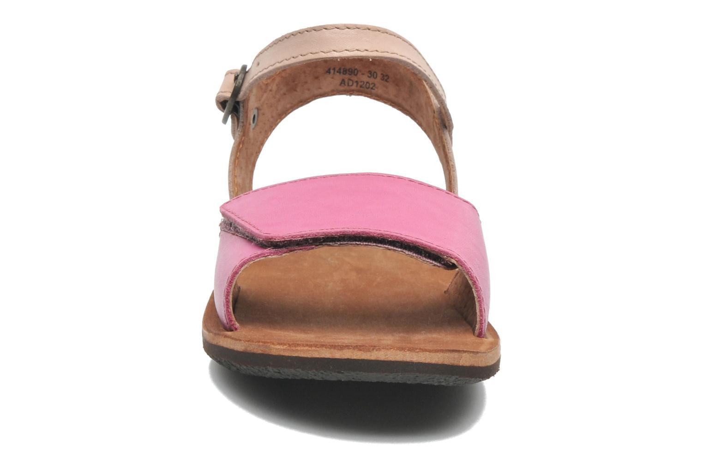 Sandaler Kickers SPARTINY Pink se skoene på