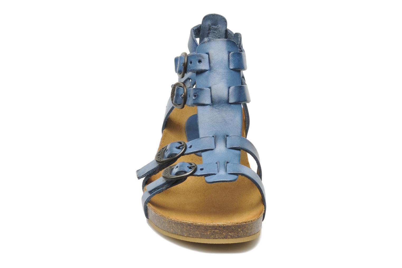 Sandales et nu-pieds Kickers BOMDIA Bleu vue portées chaussures