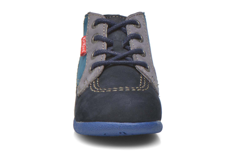 Botines  Kickers Babystan Azul vista del modelo