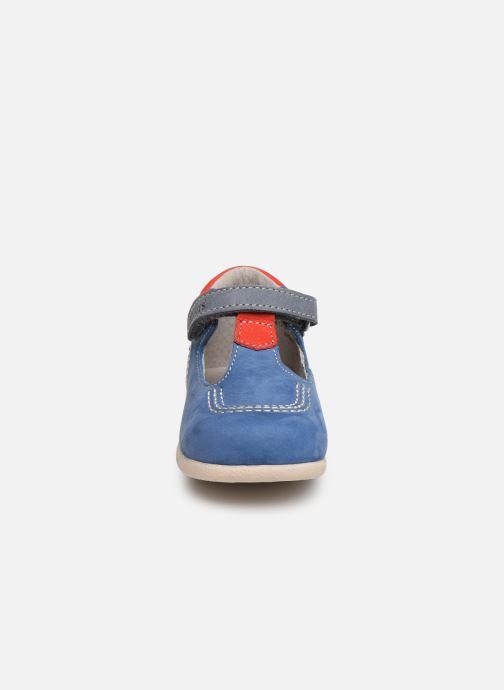 Stivaletti estivi Kickers BABYFRESH Azzurro modello indossato