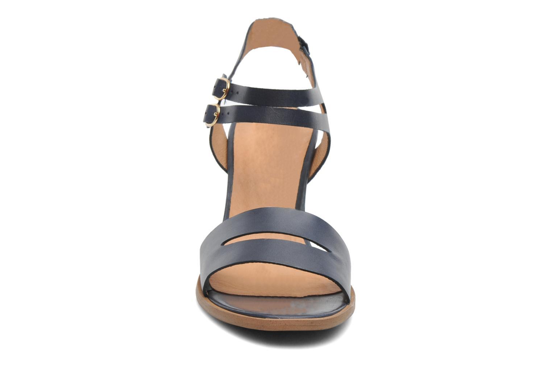 Sandales et nu-pieds Georgia Rose Chapon Bleu vue portées chaussures