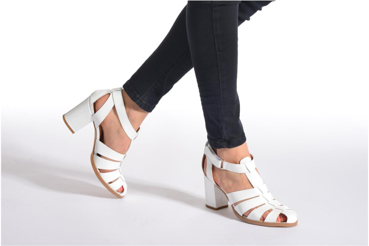 Sandals Made by SARENZA Menthe Hello #2 White view from underneath / model view