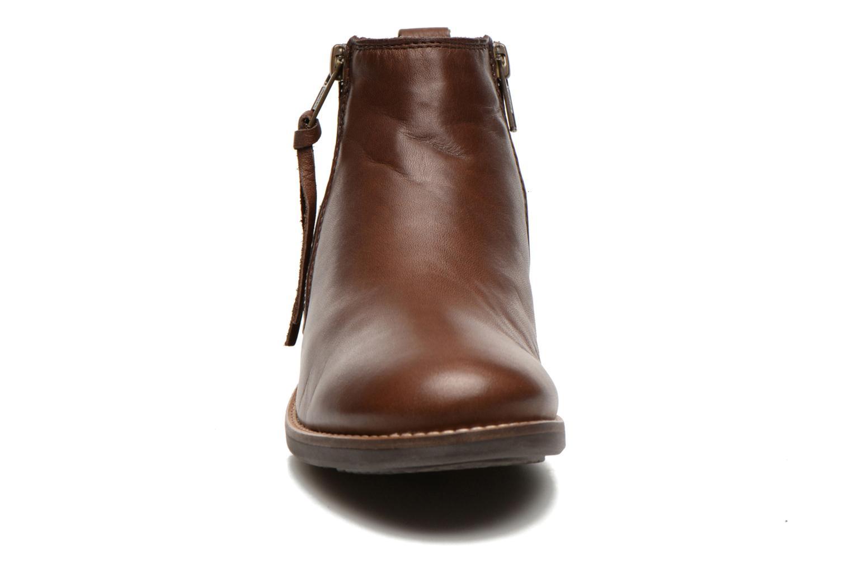 Stiefeletten & Boots TBS Girlye braun schuhe getragen