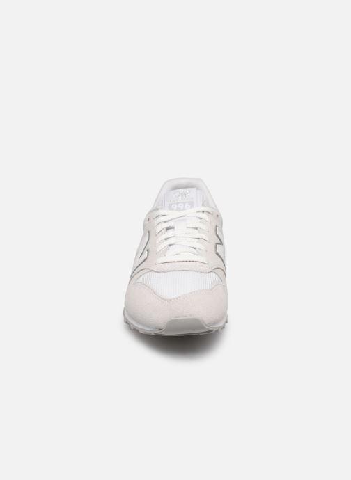 Baskets New Balance WL996 Gris vue portées chaussures