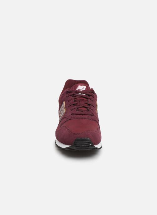 Baskets New Balance ML373 Bordeaux vue portées chaussures