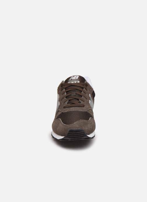 Baskets New Balance ML373 Vert vue portées chaussures