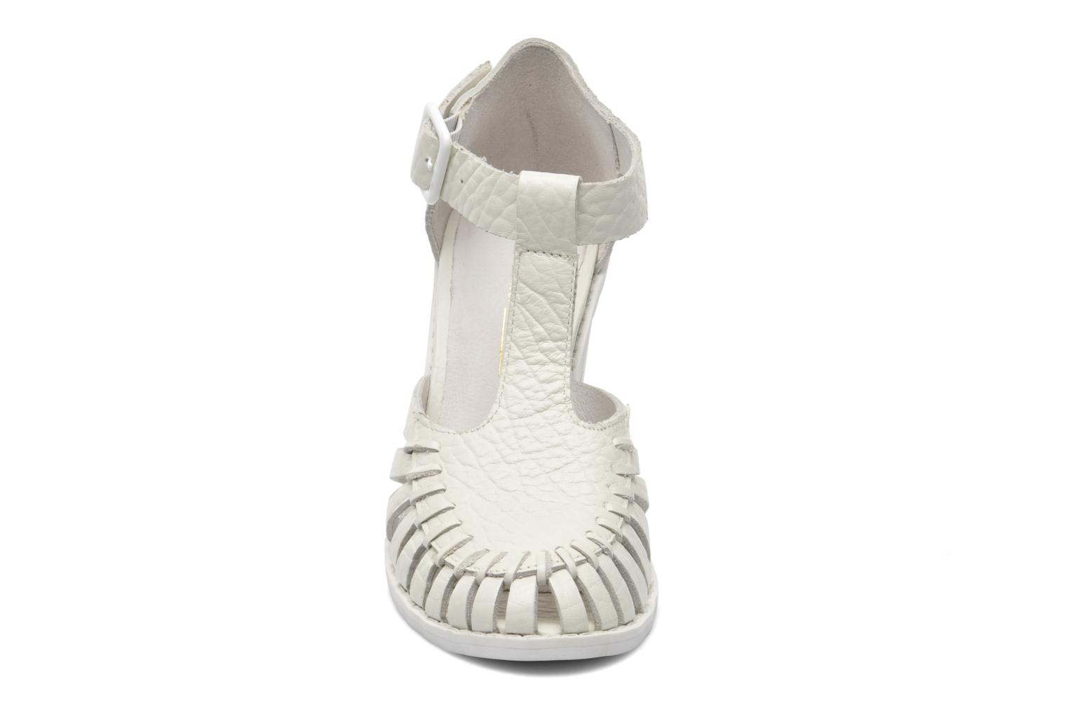 Sandales et nu-pieds Intentionally blank Tilted Blanc vue portées chaussures