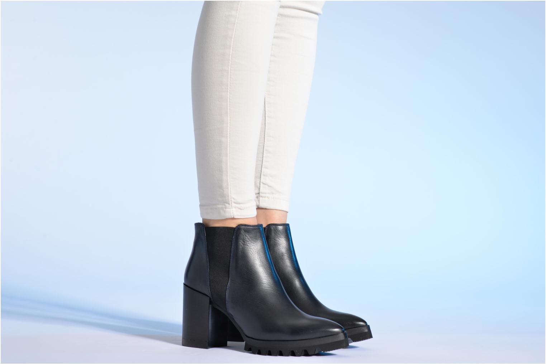 Bottines et boots Made by SARENZA Queen of pétanque #1 Bleu vue bas / vue portée sac