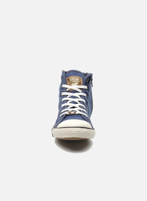 Sneakers Mustang shoes Mejob Azzurro modello indossato