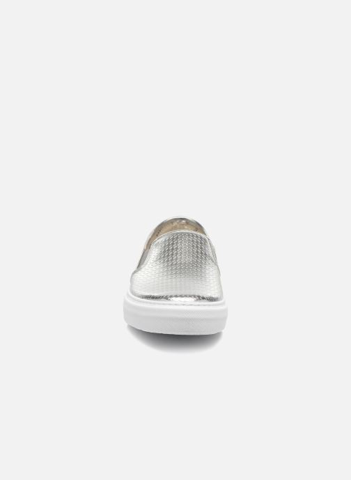 Sneakers Victoria Slip-on Metalizada Zilver model
