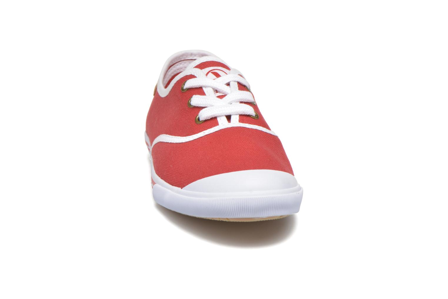 Trainers Aigle Lauriel Red model view