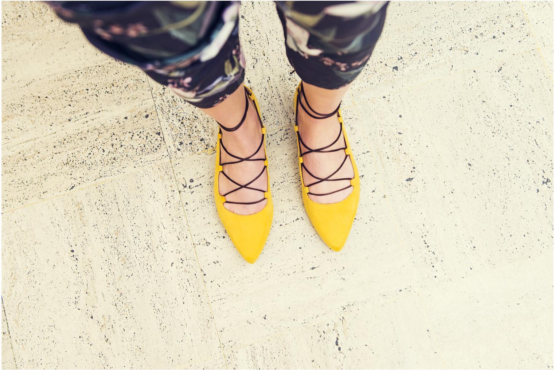 Ballet pumps Made by SARENZA Seven Tease #3 Yellow 3/4 view