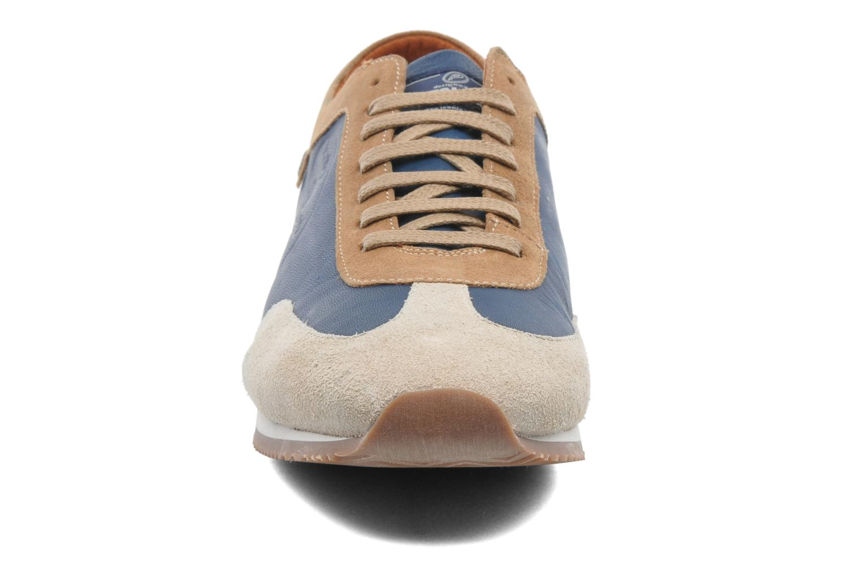 Baskets Pataugas Isido Bleu vue portées chaussures