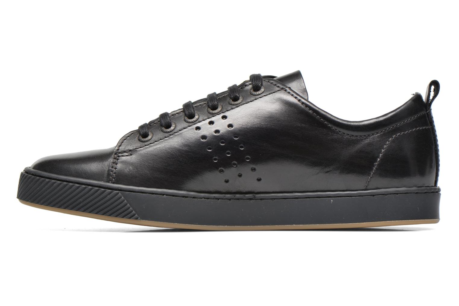 Trainers Pataugas Mattei Black front view
