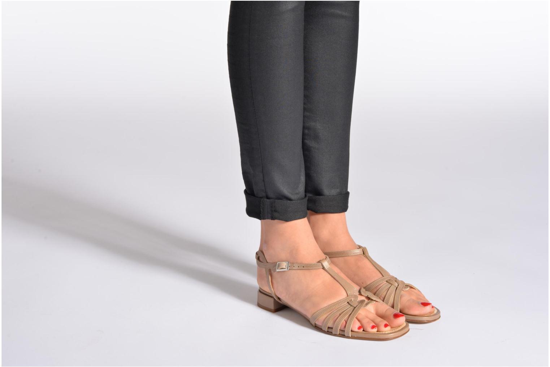 Sandales et nu-pieds Elizabeth Stuart Amelie Noir vue bas / vue portée sac
